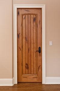 DBI-501 Knotty Alder-Light Knotty Alder Solid Wood Interior Door - Single
