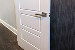 Paint Grade Interior Door.  5-Panel Paint Grade MDF Door with Satin Nickel
