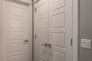 Paint Grade Interior Door.  5 Raised Panel Paint Grade MDF Doors on Closet and Powder Room