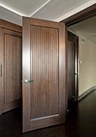 Traditional Interior Door.     Custom Interior Solid Wood Door Custom Ridges GDI-580