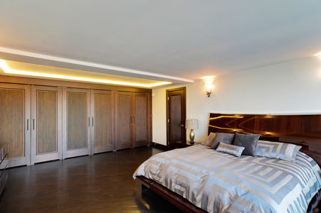 Classic Interior Door.  single panel solid wood interior doors for luxury home DBI-580 DD