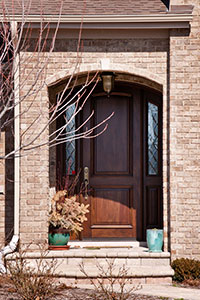 Classic Entry Door.     Custom Arched Top Mahogany Entry Door with Sidelites GD-552P 2SL CST
