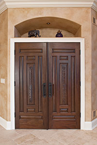Traditional Interior Door.  custom carved solid wood double doors DB-580B DD CST