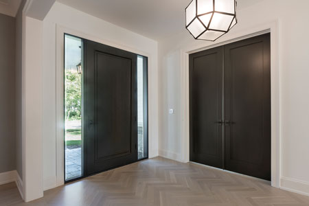 Classic Entry Door.  classic single  front door with sidelites, clear beveled glass DB-001PW 2SL 348