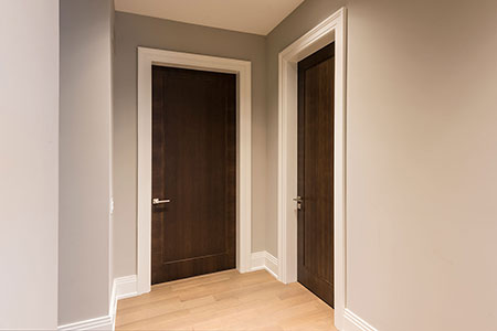 Modern Interior Door.  Contemporary Walnut Wood Single Interior Door  DBIM-MD1005