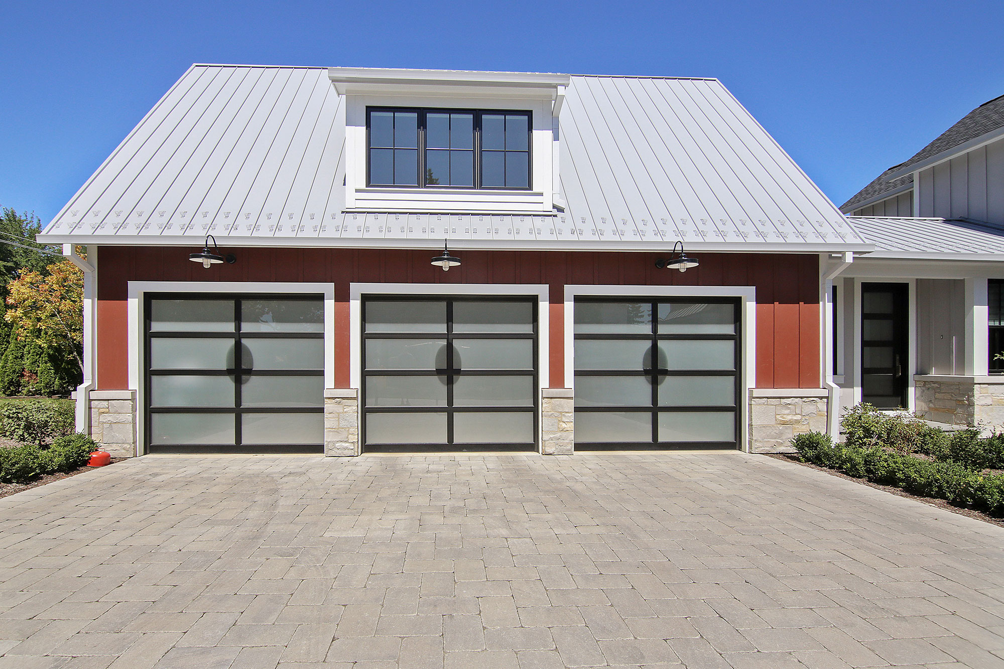 Custom Wood Front Entry Doors. Custom Matching Garage Doors - Modern Style