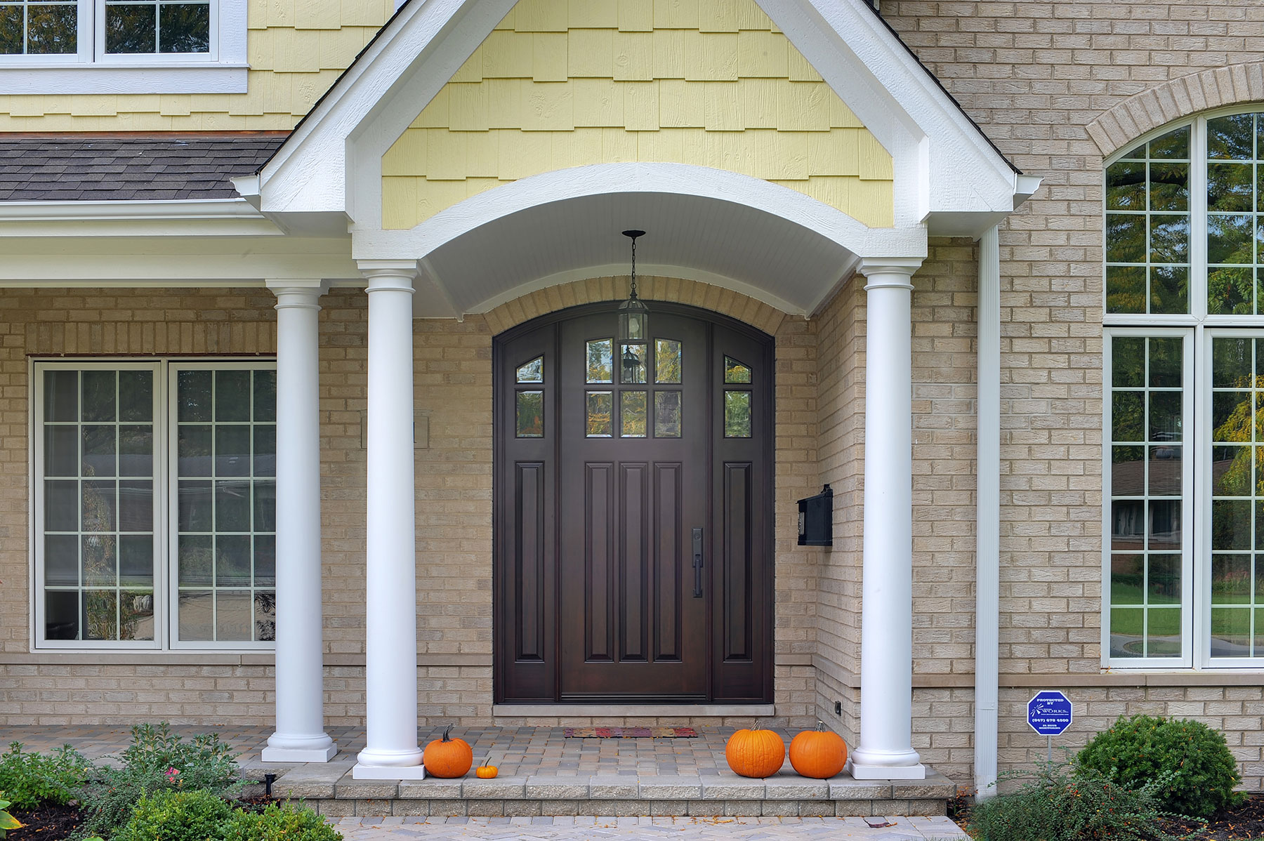 Solid Wood Front Entry Doors in-Stock | Classic Collection Solid Wood Arched Top Front Entry Door with Sidelites DB-112WA 2SL - Glenview Doors - Custom Doors in Chicago