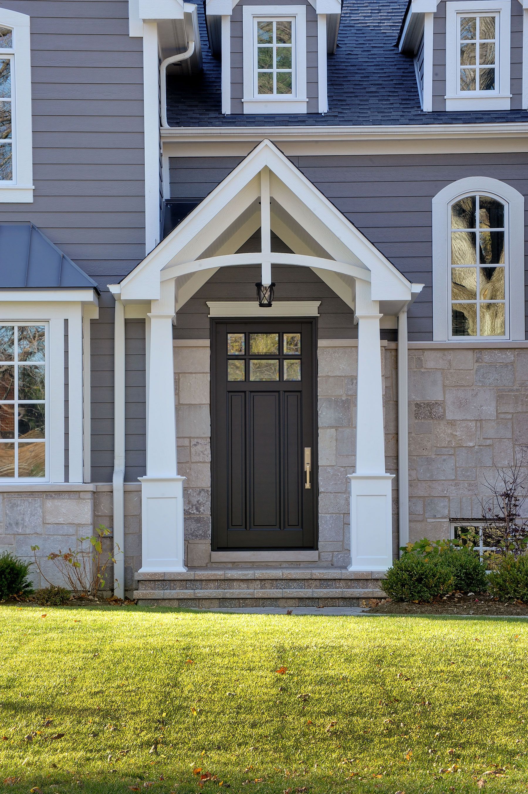 Custom Wood Front Entry Doors | Classic Collection 3 Panel Door with Beveled Glass DB-311PW - Glenview Doors - Custom Doors in Chicago