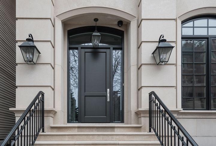 Classic Front Door.  1722 N Burling St Chicago Single Family Home Front Door DB-201PT 2SL F
