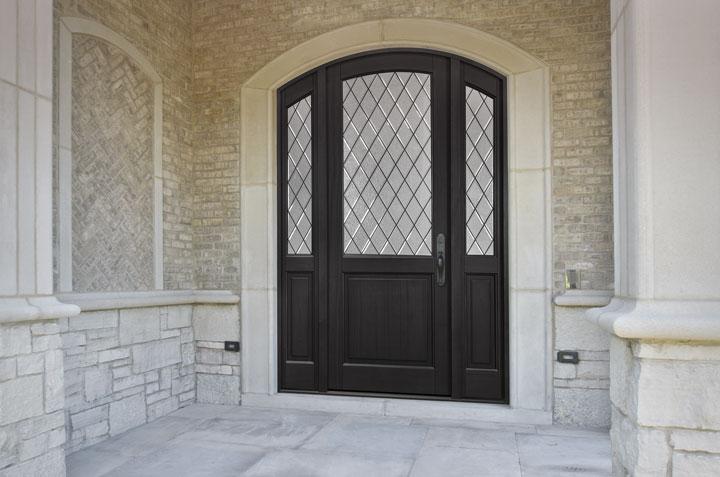 Classic Entry Door.  Diamond Glue Chip Glass Arch Top Door DB-552PTDG 2SL