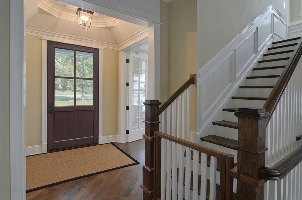Classic Entry Door.  classic wood entry door, single DB-004PW